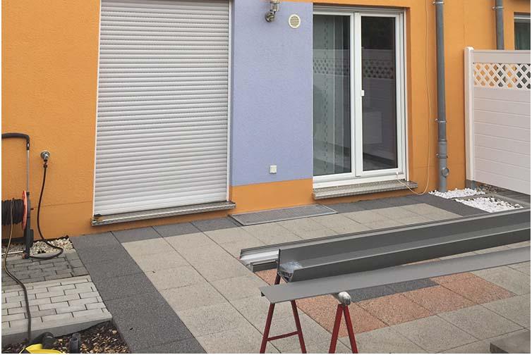 Terrassenüberdachung Trend-Paket aus Aluminium und Glas mit Unterdachmarkise